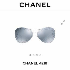 CHANEL Pilot Sunglasses